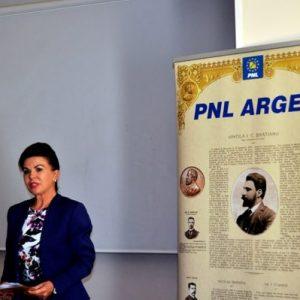 """Ana Stan, preşedinta OFL Piteşti: """"Trebuie să fim mult mai atenți la nevoile copiilor noștri!"""""""