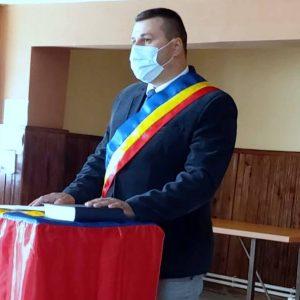 Primarul de la Berevoieşti, un an de închisoare, cu amânarea executării pedepsei